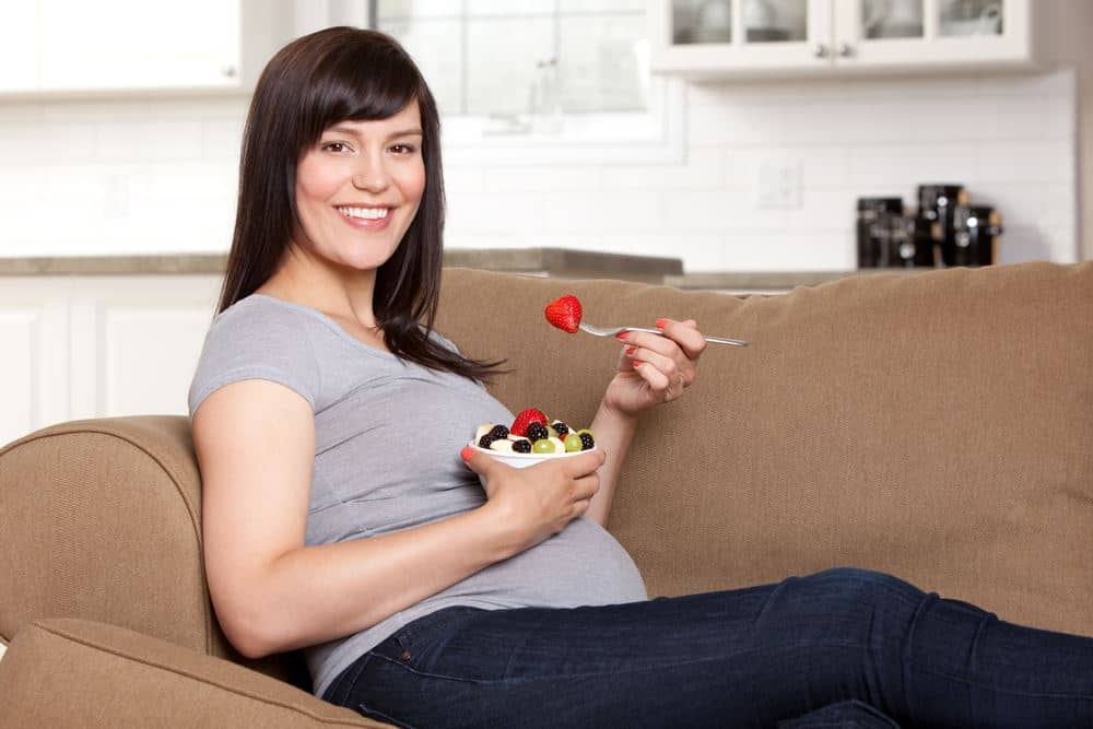 These Are the Best Snacks for Breastfeeding Moms