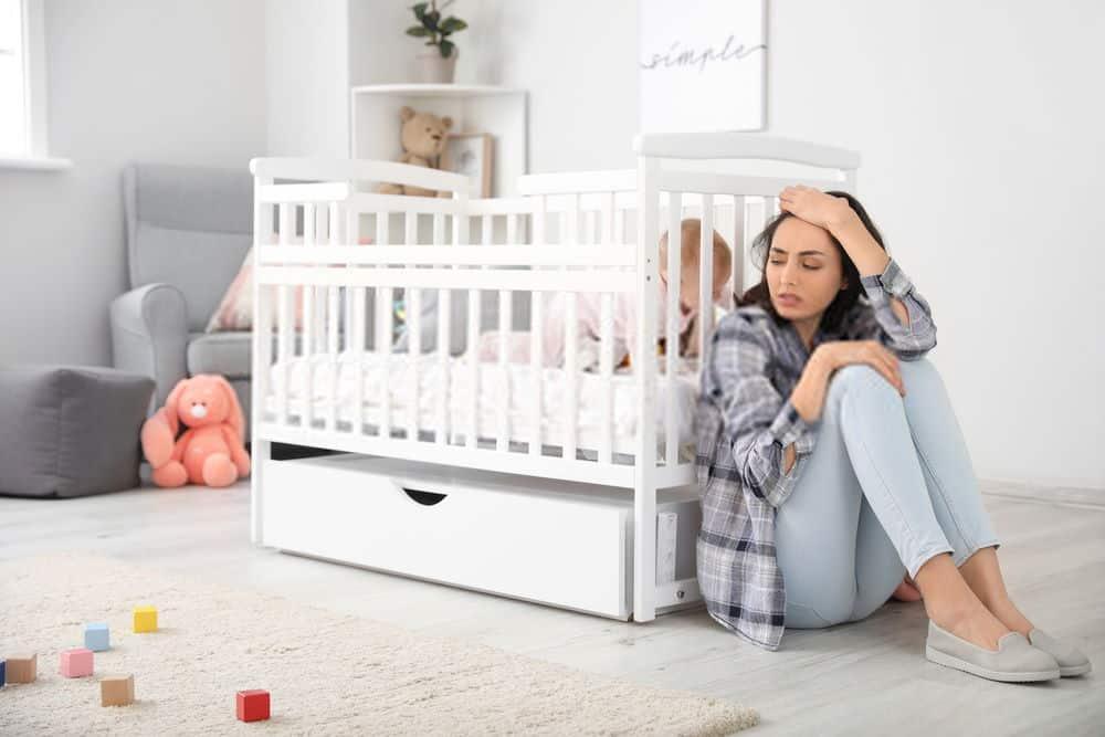 Holistic Ways to Treat Postpartum Anxiety