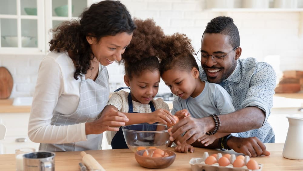 7 Activities for Parents to Try Together